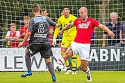 UITGEEST - 09-07-2016, AZ - FC Volendam, Complex FC Uitgeest, Volendam speler Joey Veerman, AZ speler Ron Vlaar