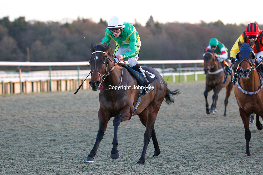 Kasbhom and William Carson winning the 3.30 race