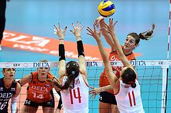 03-10-2015 NED: Volleyball European Championship Semi Final Nederland - Turkije, Rotterdam<br /> Nederland verslaat Turkije in de halve finale met ruime cijfers 3-0 / Anne Buijs #11