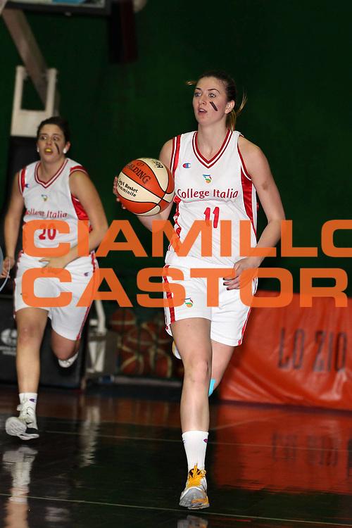 DESCRIZIONE : Roma College Italia Il Fotoamatore Firenze Basket  Lega A2 Donne<br /> GIOCATORE : Marta Maria Masoni<br /> SQUADRA : College Italia<br /> EVENTO : Lega Basket Femminile A2 stagione 2010-2011<br /> GARA : College Italia Il Fotoamatore Firenze Basket <br /> DATA : 14/04/2011 <br /> CATEGORIA : Iniziativa FIP antirazzista Vorrei la Pelle Nera palleggio<br /> SPORT : Pallacanestro <br /> AUTORE : Agenzia Ciamillo-Castoria/ElioCastoria<br /> Galleria : Fip Nazionali 2010 <br /> Fotonotizia : Roma College Italia Il Fotoamatore Firenze Basket Lega A2 Donne<br /> Predefinita :