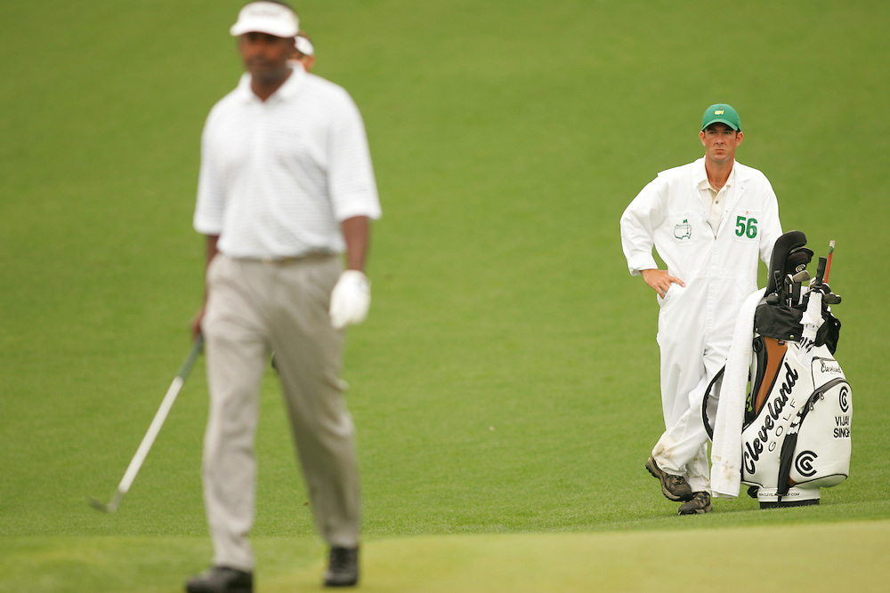 Vijay Singh.Paul Tesori..2005 Masters Tournament.2nd round.Saturday, April 9 2005.Augusta National GC.Augusta, GA..photograph by Darren Carroll.4-9-05