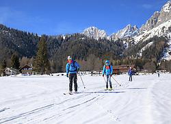 22.03.2018, Ramsau am Dachstein, AUT, Red Bull Der lange Weg, Überquerung Alpenhauptkamm, längste Skitour der Welt, im Bild v. l. temporärer Begleiter Toni Pilz (AUT), Philipp Reiter (GER), Bernhard Hug (SUI), David Wallmann (AUT) // during the Red Bull Der lange Weg, crossing of the main ridge of the Alps, longest ski tour of the world, in Ramsau am Dachstein, Austria on 2018/03/22. EXPA Pictures © 2018, PhotoCredit: EXPA/ Martin Huber