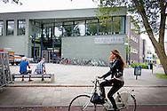 THE HAGUE - Exterior of the Christian school Sorghvliet the upcoming school of Princess Amalia where she begins next Monday the 24th. The eldest daughter of King Willem-Alexander and Queen Maxima will go to school after the summer holidays. COPYRIGHT ROBIN UTRECHT <br /> DEN HAAG - Exterieur van het Christelijk Gymnasium Sorghvliet, de aankomende school van prinses Amalia waar ze aanstaande maandag de 24 begint . De oudste dochter van koning Willem-Alexander en koningin Maxima zal er na de zomervakantie naar school gaan. COPYRIGHT ROBIN UTRECHT