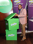 Anthony Anderson partners with Swiffer to showcase the evolving role of dads at home, Tuesday, April 14, 2015, in New York.  Serving as creative advisor, Anthony helped celebrate modern families through the brand's docu-style #SwifferDad video.(Photo by Diane Bondareff/Invision for Swiffer/AP Images)