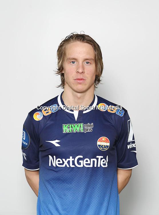 Fotball , Tippeligaen 2013 , Eliteserien<br /> , portrett , portretter<br /> Str&oslash;msgodset<br /> Stefan Johansen