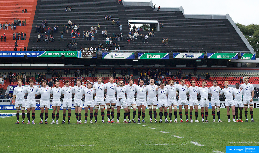 The England team sing the national anthem before the England V Australia  semi final match at Estadio El Coloso del Parque, Rosario, Argentina, during the IRB Junior World Championships. 17th June 2010. Photo Tim Clayton....