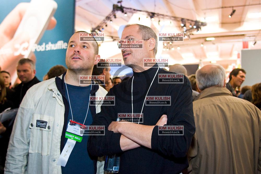 """Steve Jobs , Right, walks the Expo floor with Jonathan """"Jony"""" Ive  at  Macworld 2005 in San Francisco, California."""