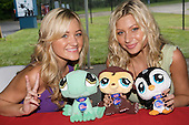 Aly and AJ Michalka - Cincinnati, OH
