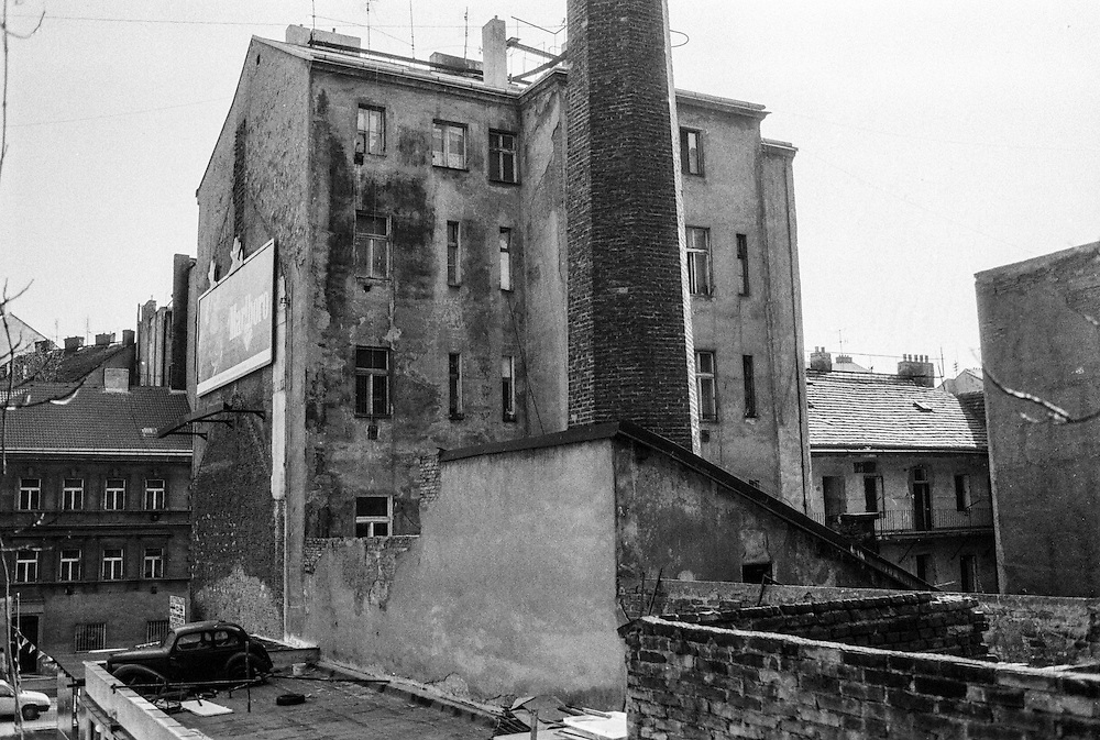 View to the backyard of a housing complex in Zizkov located close to Konevova street.