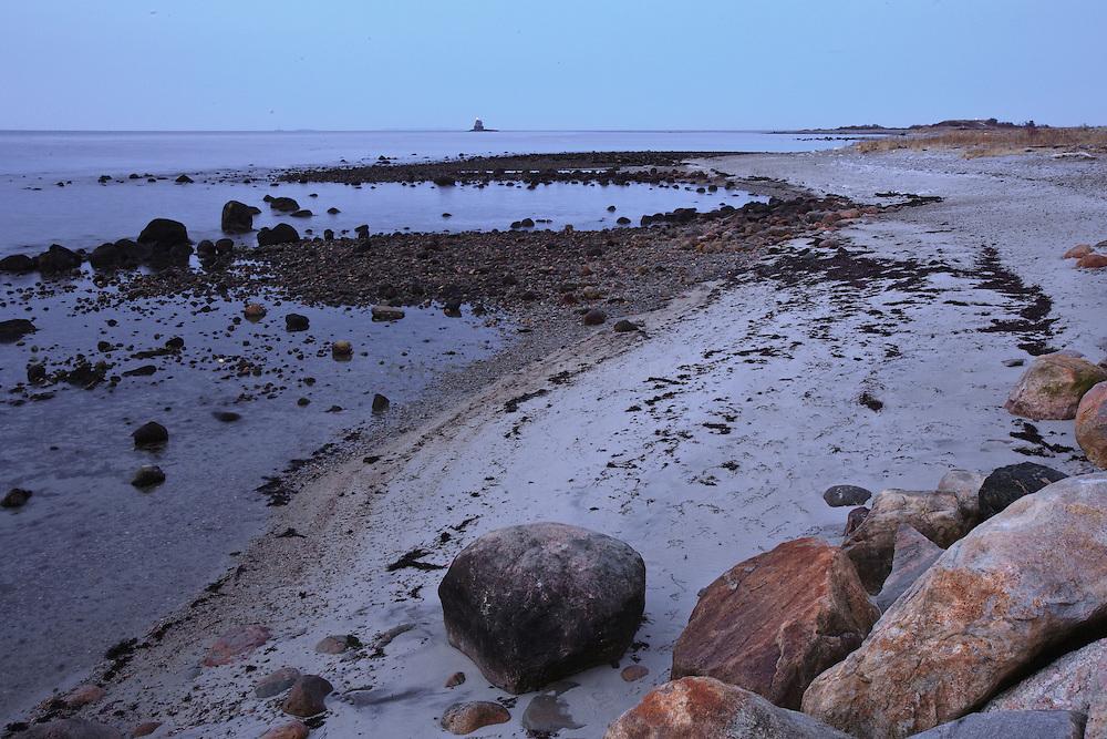 _8FI1772. Fishers Island, NY, USA. ©2009 Chip Riegel / www.chipriegel.com. 01/17/2010.