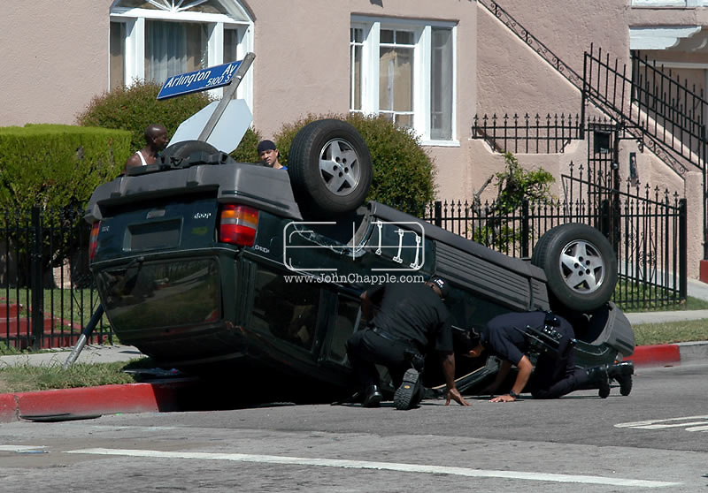 10th April 2008, Los Angeles, California. Three daredevil brothers from Dorset are set to become America's biggest reality TV stars. Howard, Austin and Marc Raishbrook, who risk their lives filming police car chases and shootouts, have been offered a mega bucks deal to star in their own series. Pictured is footage that the Raishbrook brothers have shot in Los Angeles. PHOTO COURTESY OF www.rmgnews.com / Suppled by REBEL IMAGES.john@chapple.biz    www.chapple.biz