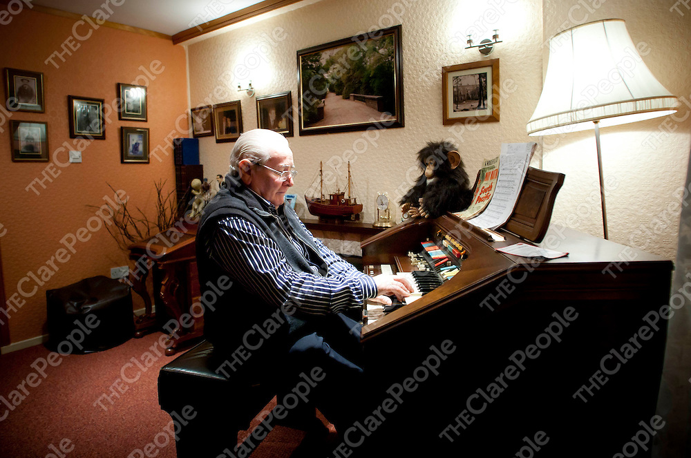 21.03.12<br /> Joe Kiely pictured at his Kilrush Home.<br /> Pic. Alan Place / Press 22
