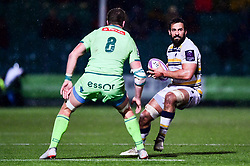 Marco Mama of Worcester Warriors is marked by Antoine Erbani of Pau - Mandatory by-line: Ryan Hiscott/JMP - 15/12/2018 - RUGBY - Sixways Stadium - Worcester, England - Worcester Warriors v Pau - European Rugby Challenge Cup
