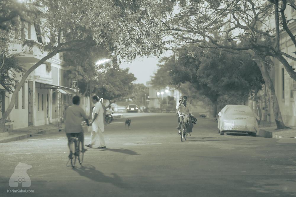 Bicycles and pedestrians in Rue Dumas (Dumas Street)