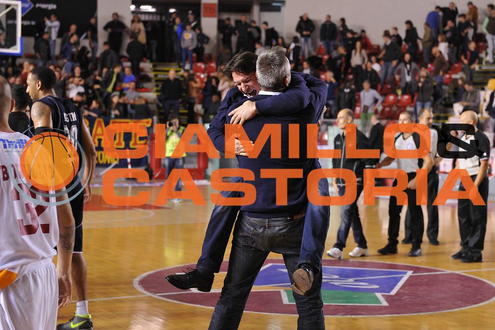 DESCRIZIONE : Roma LNP A2 2015-16 Acea Virtus Roma Assigeco Casalpusterlengo<br /> GIOCATORE : Alessandro Finelli<br /> CATEGORIA : esultanza coach allenatore post game<br /> SQUADRA : Assigeco Casalpusterlengo<br /> EVENTO : Campionato LNP A2 2015-2016<br /> GARA : Acea Virtus Roma Assigeco Casalpusterlengo<br /> DATA : 01/11/2015<br /> SPORT : Pallacanestro <br /> AUTORE : Agenzia Ciamillo-Castoria/G.Masi<br /> Galleria : LNP A2 2015-2016<br /> Fotonotizia : Roma LNP A2 2015-16 Acea Virtus Roma Assigeco Casalpusterlengo