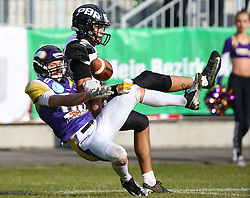 20.06.2015, Hohe Warte, Wien, AUT, AFL, AFC Vikings Vienna vs Prag Panthers, im Bild Andreas Lunzer (AFC Vienna Vikings, DB, #29) und Jakub Wolesky (Prague Panthers, #2) // during the Austrian Football League game between AFC Vikings Vienna and Prague Panthers at the Hohe Warte, Wien, Austria on 2015/06/20. EXPA Pictures © 2015, PhotoCredit: EXPA/ Thomas Haumer