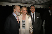 PRINCE AND PRINCESS MICHAEL OF KENT AND ARNAUD BAMBERGER, Cartier dinner in the Chelsea Physic Garden. 22 May 2006. ONE TIME USE ONLY - DO NOT ARCHIVE  © Copyright Photograph by Dafydd Jones 66 Stockwell Park Rd. London SW9 0DA Tel 020 7733 0108 www.dafjones.com