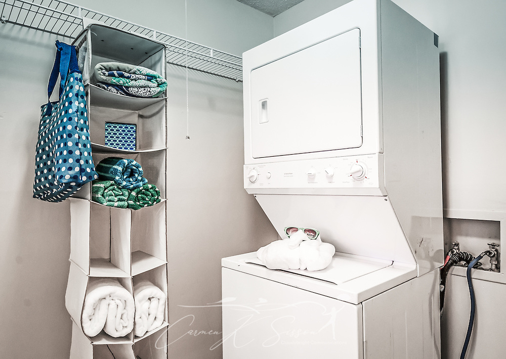 The laundry room at Autumn Woods Apartments on Foreman Road in Mobile, Alabama. The property is owned and operated by Sealy Management Co. (Photo by Carmen K. Sisson/Cloudybright)