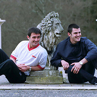 Dundee Utd ...9.3.2000.<br />(attn Sunday Mail pic desk).<br />Taking ity easy in the grounds of the Atholl Palace Hotel, Pitlochry, Dundee Utd players David Hannah,left, and Steven Thompson.<br /><br />Picture Copyright John Lindsay.<br />Perthshire Picture Agency<br />Tel: Office: 01738 623350  Mobile: 07775 852112