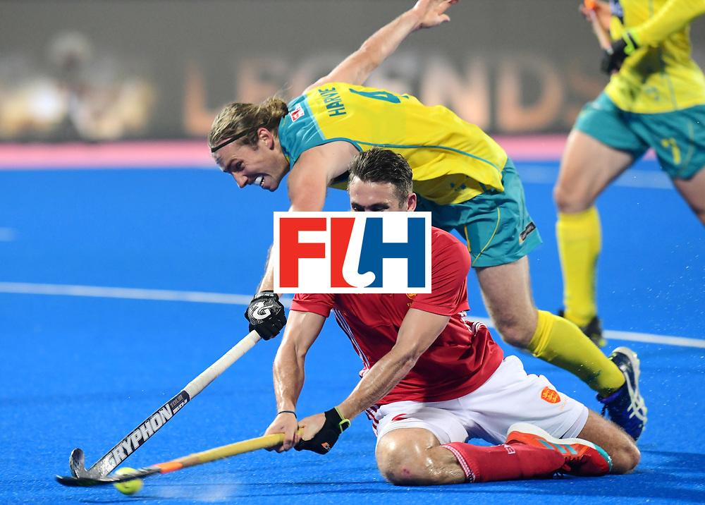 Odisha Men's Hockey World League Final Bhubaneswar 2017<br /> Match id:09<br /> Australia v England<br /> Foto: David Condon (Eng) and Jake Harvie (Aus) <br /> WORLDSPORTPICS COPYRIGHT FRANK UIJLENBROEK
