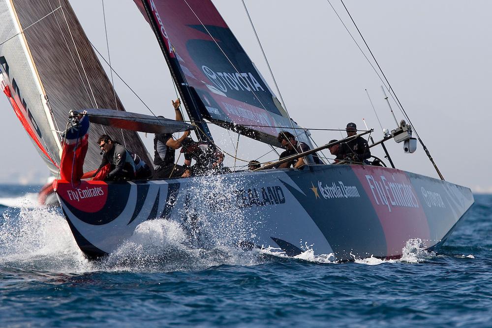 24/04/07 Flight 5 of the Louis Vuitton Cup, Valencia, Spain..Desafio Espanol v Emirates Team New Zealand