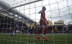 05.05.2019, Stamford Bridge, London, ENG, Premier League, FC Chelsea vs Watford FC, 37. Runde, im Bild David Luiz of Chelsea (left) celebrates after scoring his side's 2nd goal // David Luiz of Chelsea (left) celebrates after scoring his side's 2nd goal during the Premier League 37th round match between FC Chelsea and Watford FC at the Stamford Bridge in London, England on 2019/05/05. EXPA Pictures © 2019, PhotoCredit: EXPA/ Focus Images/ Alan Stanford<br /> <br /> *****ATTENTION - for AUT, GER, FRA, ITA, SUI, POL, CRO, SLO only*****