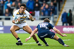 Bryce Heem of Worcester Warriors takes on AJ MacGinty of Sale Sharks - Mandatory by-line: Robbie Stephenson/JMP - 09/09/2018 - RUGBY - AJ Bell Stadium - Manchester, England - Sale Sharks v Worcester Warriors - Gallagher Premiership