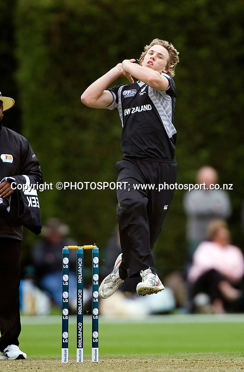 New Zealand's Logan Van Beek bowling during his bowling spell. New Zealand v Canada, U19 Cricket World Cup group stage match, Lincoln #3, Saturday 16 January 2010. Photo : Joseph Johnson/PHOTOSPORT