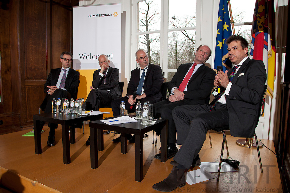 "From left: Michael Hager, Member of the Cabinet of Commissioner Gu?nther H. Oettinger, Michael Schmid, Divisional Board Member, Commerzbank AG, Dr. Detlef Fechtner, EU Correspondent, Börsen-Zeitung, Andreas von Scharfenberg, Chairman of the Limited Liability Company for Municipal Cooperation (GkK), and Matthias W. Send, General Manager, HEAG Su?dhessische Energie AG (HSE), at the debate meeting on ""Using sustainable energy concepts to create new business models"" on Tuesday, 24 January 2012 at the Representation of the State of Hessen to the European Union. Photo: Erik Luntang/INSPIRIT Photo..""Neue Geschäftsmodelle durch Umsetzung.zukunftsfähiger Energiekonzepte"""