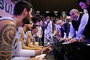 DESCRIZIONE : Treviso Lega due 2015-16  Universo Treviso De Longhi - Aurora Basket Jesi<br /> GIOCATORE : universo treviso basket<br /> CATEGORIA : Time Out<br /> SQUADRA : Universo Treviso De Longhi - Aurora Basket Jesi<br /> EVENTO : Campionato Lega A 2015-2016 <br /> GARA : Universo Treviso De Longhi - Aurora Basket Jesi<br /> DATA : 31/10/2015<br /> SPORT : Pallacanestro <br /> AUTORE : Agenzia Ciamillo-Castoria/M.Gregolin<br /> Galleria : Lega Basket A 2015-2016  <br /> Fotonotizia :  Treviso Lega due 2015-16  Universo Treviso De Longhi - Aurora Basket Jesi