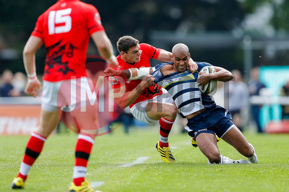 Bristol Rugby Winger Tom Varndell is tackled by London Welsh Winger Chris Elder - Mandatory byline: Rogan Thomson/JMP - 07966 386802 - 13/09/2015 - RUGBY UNION - Old Deer Park - Richmond, London, England - London Welsh v Bristol Rugby - Greene King IPA Championship.