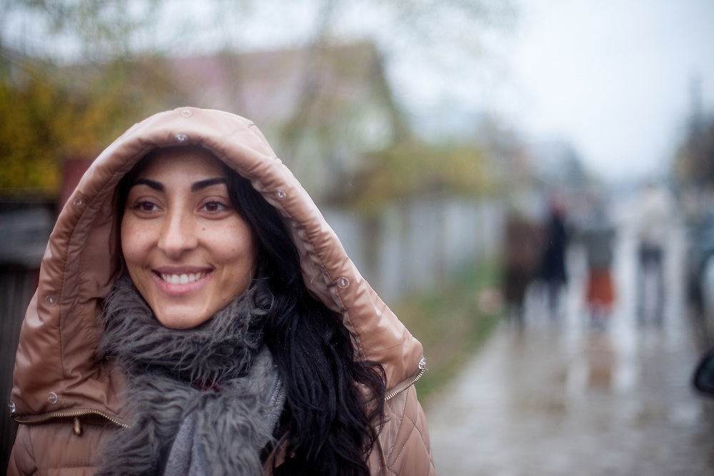 Portrait of Roma activist Rodica-Elena Tudor in Zavraci (part of Marginenii de Jos). Rodica-Elena is the president of the Resources Center for Social Inclusion CRIS and a student of law in Bucharest.