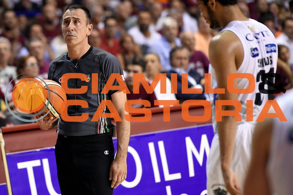 Carmelo Lo Guzzo arbitro<br /> Umana Reyer Venezia - Dolomiti Energia Aquila Basket Trento<br /> Lega Basket Serie A 2016/2017<br /> Playoff, finale gara 2<br /> Venezia, 12/06/2017<br /> Foto M.Ceretti / Ciamillo-Castoria