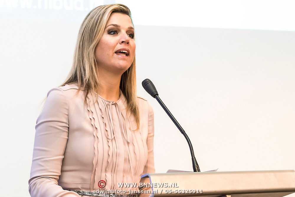 Koningin Maxima bezoekt Nibud Jubileumcongres in haar functie van erevoorzitter van platform Wijzer in geldzaken. Het Nibud bestaat 35 jaar en organiseert daarom een jubileumcongres dat in het teken staat van het financi&euml;le gedrag van de consument. <br /> <br /> Queen Maxima visits Nibud Jubilee Congress in its role as president of platform Wiser in money matters. Nibud exists 35 years and organizes an anniversary conference which will focus on the financial behavior of consumers.<br /> <br /> op de foto / On the photo:  Koningin Maxima houd een toespraak tijdens Jubileumcongres / Queen Maxima a speech during Jubilee Congress