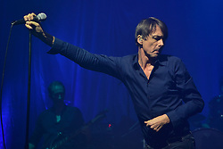 © Licensed to London News Pictures. 12/02/2016. BRETT ANDERSON, MAT OSMAN, RICHARD OAKES, NEIL CORDING AND SIMON GILBERT of band SUEDE perform at the HMV Forum on a UK tour.  London, UK. Photo credit: Ray Tang/LNP