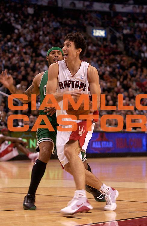DESCRIZIONE : Toronto Campionato NBA 2008-2009 Toronto Raptors Boston Celtics<br /> GIOCATORE : Roko Ukic<br /> SQUADRA : Toronto Raptors Boston Celtics<br /> EVENTO : Campionato NBA 2008-2009 <br /> GARA : Toronto Raptors Boston Celtics<br /> DATA : 23/11/2008 <br /> CATEGORIA : penetrazione<br /> SPORT : Pallacanestro <br /> AUTORE : Agenzia Ciamillo-Castoria/V.Keslassy<br /> Galleria : NBA 2008-2009<br /> Fotonotizia : Toronto Campionato NBA 2008-2009 Toronto Raptors Boston Celtics<br /> Predefinita :