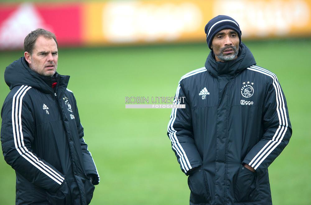 26-02-2016 VOETBAL: TRAINING AJAX: AMSTERDAM  Frank de Boer, hoofdcoach (Ajax) Orlando Trustfull, assistent-trainer Ajax  copyright robin utrecht