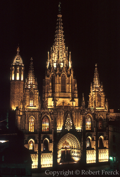 SPAIN, BARCELONA, MONUMENTS Barri Gotic; the old Gothic medieval area with Santa Eulalia Cathedral, built in 1298-1913AD and lit at night