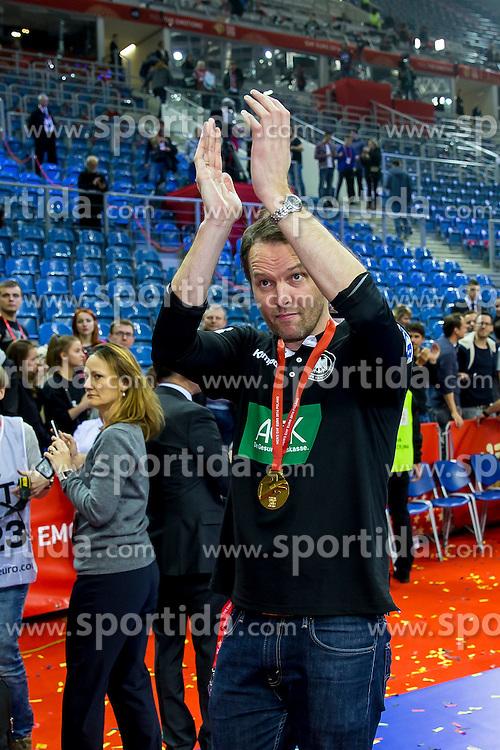 31.01.2016, Tauron Arena, Krakau, POL, EHF Euro 2016, Deutschalnd vs Spanien, Siegerehrung, im Bild Dagur Valdimar Sigurdsson (Trainer) nach dem Spiel // during the award winner ceremony of 2016 EHF Euro at the Tauron Arena in Krakau, Poland on 2016/01/31. EXPA Pictures &copy; 2016, PhotoCredit: EXPA/ Eibner-Pressefoto/ Koenig<br /> <br /> *****ATTENTION - OUT of GER*****