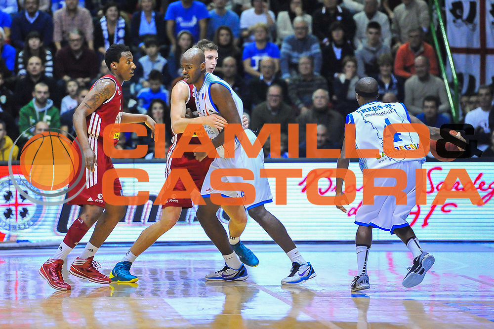 DESCRIZIONE : Eurocup 2013/14 Gir. B Dinamo Banco di Sardegna Sassari - Cedevita Zagabria<br /> GIOCATORE : Caleb Green<br /> CATEGORIA : Blocco<br /> SQUADRA : Dinamo Banco di Sardegna Sassari <br /> EVENTO : Eurocup 2013/2014<br /> GARA : Dinamo Banco di Sardegna Sassari - Cedevita Zagabria<br /> DATA : 11/12/2013<br /> SPORT : Pallacanestro <br /> AUTORE : Agenzia Ciamillo-Castoria / Luigi Canu<br /> Galleria : Eurocup 2013/2014<br /> Fotonotizia : Eurocup 2013/14 Gir. B Dinamo Banco di Sardegna Sassari - Cedevita Zagabria<br /> Predefinita :