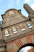 """Franeker (West Frisian: Frjentsjer) is one of the eleven cities of Friesland and capital of the municipality of Franekeradeel. It is located about 20 km west of Leeuwarden on the Van Harinxma Canal. As of 1 January 2006, it had 12,996 inhabitants. <br /> <br /> Museum Martena<br /> <br /> In October 2003 the museum t Coopmanshûs in Franeker in possession of the oldest oaks cupboard of the Netherlands proved to be. The two door filing cabinet descends from approximately 1550, and has been made ofwood of for 1550, which comes from the Baltic states.The  Museum, """" moved in 2006; t Coophanshûs"""" to the Martenastins to the Voorstraat. It is called since then: Museum Martena. Since July 2006 the museum has been open for public. The collectie has been dedicated to among other things the town history, the Franeker academy and Anna Maria van Schurman.<br />  <br /> <br /> Franeker (Fries: Frjentsjer) is de hoofdplaats van de gemeente Franekeradeel, in de provincie Friesland (Nederland). De stad telt 12.996 inwoners (1 januari 2006) en is één van de Friese elf steden. De stad maakt sinds 1 januari 1984 deel uit van de gemeente Franekeradeel.<br /> <br /> Museum Martena<br /> In oktober 2003 bleek het museum 't Coopmanshûs in Franeker in bezit van de oudste eikenhouten kast van Nederland. De tweedeurs archiefkast stamt uit circa 1550, en is gemaakt van eikenhout van voor 1550, dat afkomstig is uit de Baltische staten, zo bleek na dendrologisch onderzoek. In 2006 verhuisde museum """"'t Coophanshûs"""" naar de Martenastins aan de Voorstraat. Het heet sindsdien: Museum Martena. Sinds juli 2006 is het museum weer open voor het publiek. De vaste collectie is gewijd aan o.a. de stadsgeschiedenis, de Franeker Academie en Anna Maria van Schurman."""