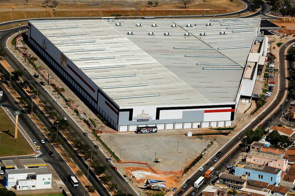 Goiania_GO, Brasil...Vista aerea do shopping center Estacao Goiania em Goiania, Goias...Aerial View of Estacao Goiania shopping mall in Goiania, Goias...Foto: BRUNO MAGALHAES / NITRO