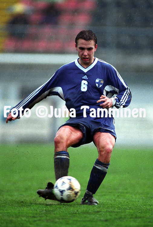 27.04.1999, Sezana, Slovenia. .Under-21 International Friedly match, Slovenia v Finland..Fredrik Nordback (FIN U-21)..©JUHA TAMMINEN