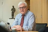 15 JAN 2013, BERLIN/GERMANY:<br /> Frank-Walter Steinmeier, SPD Fraktionsvorsitzender, waehrend einem Interview, in seinem Buero, Jakob-Kaiser-Haus, Deutscher Budnestag<br /> IMAGE: 20130115-01-029<br /> KEYWORDS: B&uuml;ro