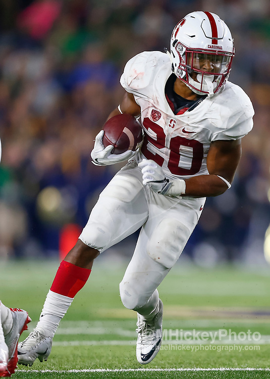 SOUTH BEND, IN - OCTOBER 15: Bryce Love #20 of the Stanford Cardinal runs the ball against the Notre Dame Fighting Irish at Notre Dame Stadium on October 15, 2016 in South Bend, Indiana. Stanford defeated Notre Dame 17-10. (Photo by Michael Hickey/Getty Images) *** Local Caption *** Bryce Love