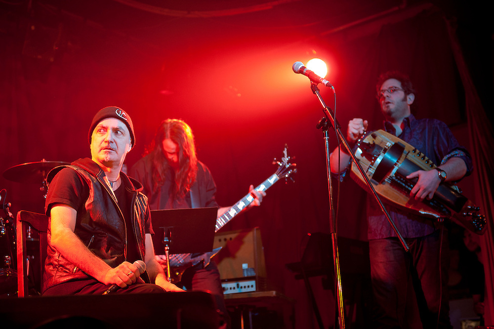 Michel Faubert avec: Michel Langevin, Dan Mongrain, Jean-Yves Thériault et Ramachandra Borcar. La Sala Rossa, Montréal, Québec.
