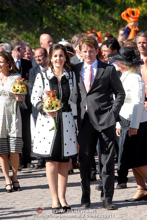 NLD/Woudrichem/20070430 - Koninginnedag 2007, prinses Anita van Eijk en partner prins Pieter Christiaan