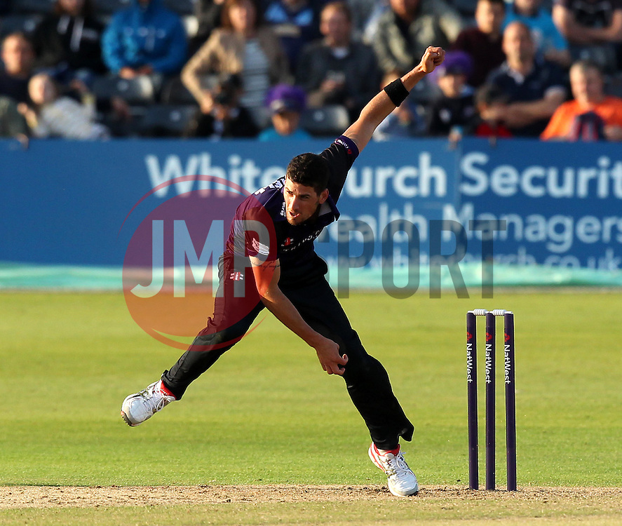 Gloucestershire's Benny Howell bowls - Photo mandatory by-line: Robbie Stephenson/JMP - Mobile: 07966 386802 - 26/06/2015 - SPORT - Cricket - Bristol - The County Ground - Gloucestershire v Sussex - Natwest T20 Blast