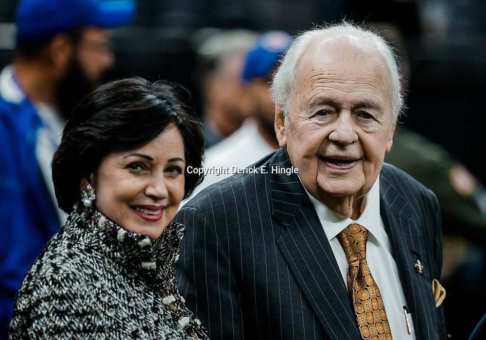 Nov 19, 2017; New Orleans, LA, USA; New Orleans Saints owners Tom Benson and Gayle Benson before a game against the Washington Redskins at the Mercedes-Benz Superdome. Mandatory Credit: Derick E. Hingle-USA TODAY Sports