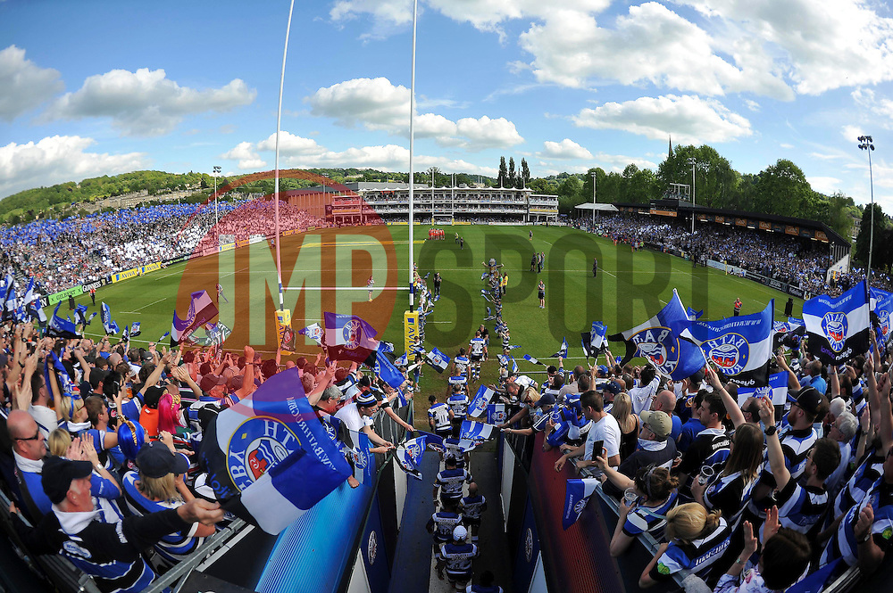 The Bath team run out onto the field for the start of the match - Photo mandatory by-line: Patrick Khachfe/JMP - Mobile: 07966 386802 23/05/2015 - SPORT - RUGBY UNION - Bath - The Recreation Ground - Bath Rugby v Leicester Tigers - Aviva Premiership Semi-Final